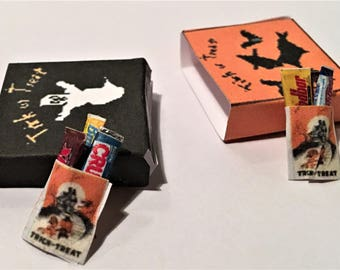 Dollhouse Miniature Vintage Halloween TREAT BAGS with CANDY Bars Party Food