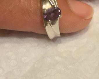 Platinum Ring with purple spinel stone. Size 6