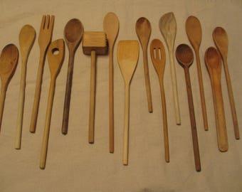 15 Vintage Wooden Spoons, Wooden Utensils, Primitive, Rustic Home Decor, Photography Prop, Staging, Utensil Set # 2