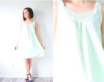 30% OFF SALE Vintage boho light green nightgown dress // mini dress // green nighty // lace boho dress // retro 60's mini dress XS // Small