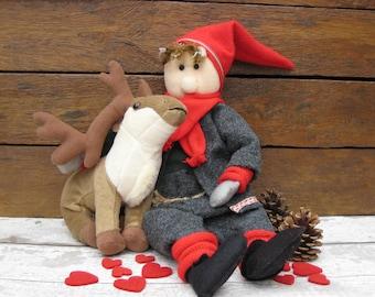 Large Scandinavian Gnome With Reindeer - Nisse - Tomte - Tonttu - Gonk Christmas Decoration - Scandi Decor - Norwegian - Swedish - Danish