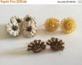 SUMMER SALE Funky Destash Craft Lot of Vintage Clip On and Screw Back Earrings