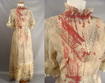 Vampire Bride Costume. Victorian Zombie Costume. Bloody Distressed Dress. Vintage 70s Tan Ruffled Dress. Scary Halloween Costume. Size 8 M