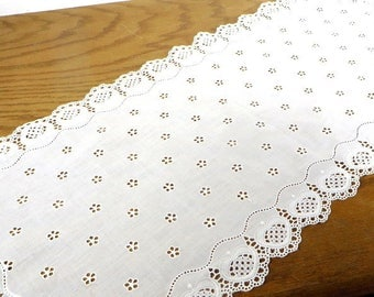 Vintage White Cotton Eyelet Table Runner Cottage Chic Farmhouse Home Decor Vintage Table Linens