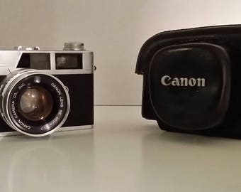 Vintage Mid Century Canon Camera and Leather Case Canonet S