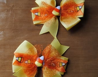 halloween hair bows, candy corn hair bows, yellow and orange candy corn bows, toddler halloween hair bows, non slip bows, hairbow with tulle