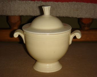 Fiesta Ware Homer Laughlin Co Ivory Sugar Bowl with Lid
