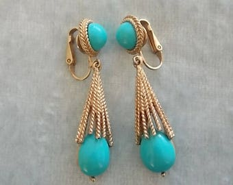 Vintage Avon Turquoise Drop  Earrings  WOW