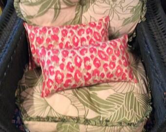 Pair Snow leopard Toss Lumbar Accent Pillow 9x16 decorative throw