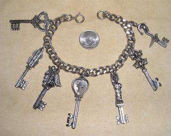 Vintage Seven Keys To Life Charm Bracelet. Quaint 1960's Jewelry 6011