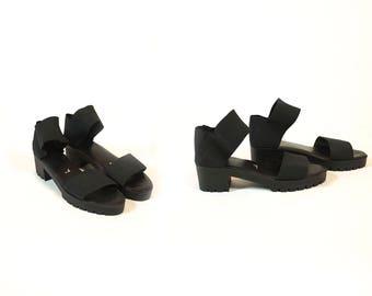 Vintage 1990s Black Lug Sole Chunky Heel Elastic Ankle Strap Minimalist Sandals // Fits Like Size 8 or 8.5 US