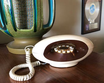 Vintage 70s Genie Phone Brown & Beige Groovy MOD Telephone Home Decor Housewares Push Button American Telecommunications Excellent condition