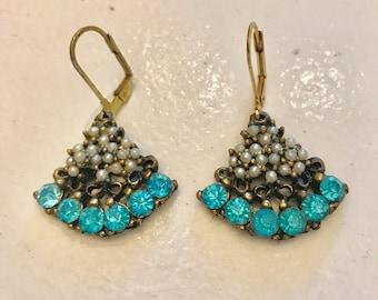 Vintage Rhinestone Earring