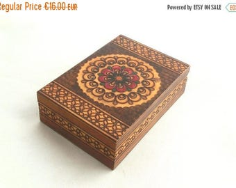 SALE 20% off Vintage Jewelry Box , Folk Style, Treasury box 70s, Box with mirror, Folk Art