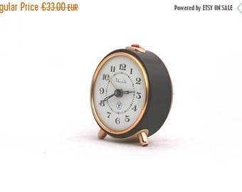SALE 20% off Vintage alarm clock brown / chocolate / gold 70s clock Soviet Union, mechanical Russia Desk Clock, Vintage clock USSR Vityaz