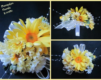 SALE! Ready to ship! Daisy & Wildflower yellow Wrist Corsage and matching Boutonniere - school dances, proms