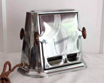 Mid Century 2 Flap Toaster Son Chief Series 680 Retro Art Deco Decors