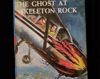 Vintage 1957 Hardy Boys The Ghost at Skeleton Rock #37