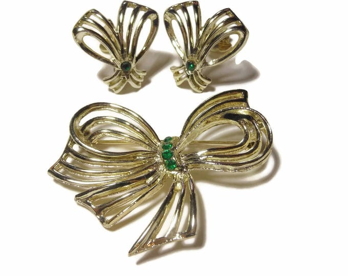 FREE SHIPPING Bow brooch and clip earrings, light gold tone, green center rhinestones, elegant night wear, Christmas set great for a wedding