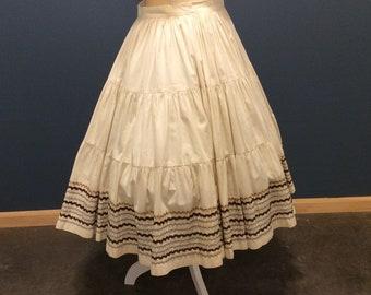 1950's Patio Skirt, Southwestern Mexican Infian, with Rick Rack