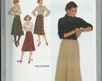 ON SALE Simplicity 9176 Misses Set of Skirts Pattern, Sizes 8, 10, 14 and 18 UNCUT