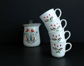 Vintage Corning USA Tea Cups Red Tulip Design Retro Coffee Cup Set Of 4