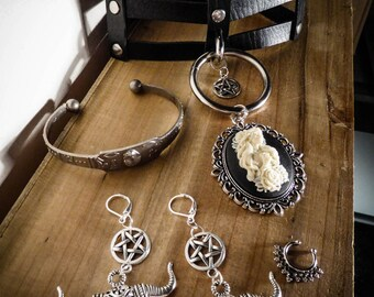 Bib necklace triple bondage leather silver goth punk calavera dia los muertos ♰Senorita♰