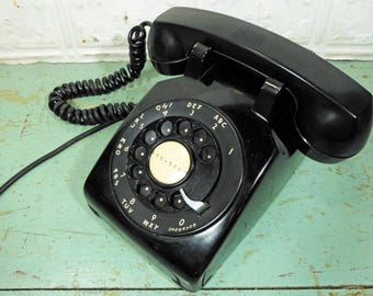 Vintage 1950s Bell System Western Electric Black Rotary Desk Phone with Bakelite Handset