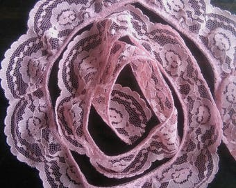 Vintage dusty pink lace trim 2 yrds