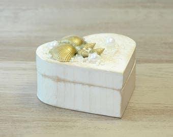 Beach Wedding Box, Seashell Ring box, White Gold Beach Ring box, Nautical Ring box,Shell Ring Bearer, Alternative Ring Box Beach Ring Pillow