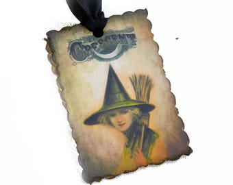 Witch Gift Tags, Halloween Hang Tags for Treat Bags, Vintage Style, Bridal Shower Favor Tags, Set of 10