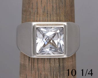 White sapphire ring, manmade white saphire and silver ring, size 10 1/4, #676.