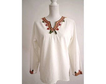 1970 EMBROIDERED COTTON  tunic long sleeves small medium
