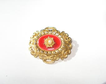 Vintage Gold and Red Enamel Brooch - Retro Pearl Flower Gold Tone Pin - 1970s