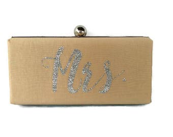 Champagne Personalized wedding clutch/ Silver glitter minaudiere/ Bridal shower clutch/ Summer wedding purse/ Champagne Monogram  minaudiere