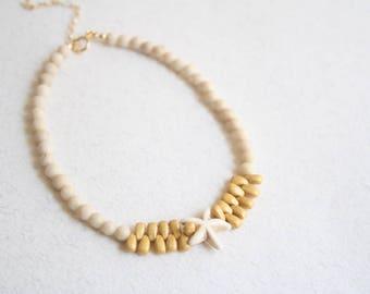 Beaded ankle bracelet, Beaded Beach anklet, Boho beads anklet, Beach ankle bracelet, Starfish anklet, Summer anklets, White beads anklet
