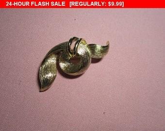 Vintage Lisner pin brooch, vintage pin brooch, estate jewelry brooch