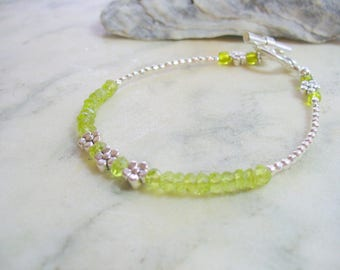 Peridot Gemstone Bracelet, Thin Delicate Stacking Bracelet, Silver Bracelet, Green Beaded Bracelet, August Birthstone, Friendship Bracelet