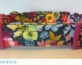 """Sale - 50% Off Girl Dog Collar - Multi Floral Dog Collar """"Hildie"""" - Free Colored Buckles"""
