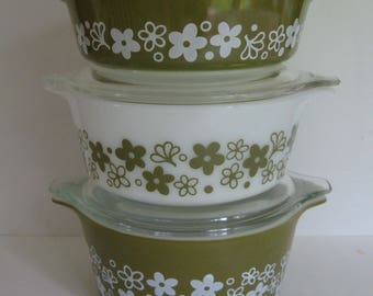 Pyrex Spring Blossom Green Vintage Casserole Set of 3 With Lids 473 472 & 471 Nice Dishes Daisy or Floral