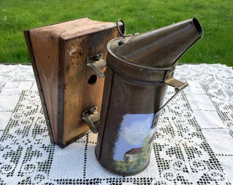 Antique Bee Smoker/Tole Painted Bee Smoker/Woodmans Famous Bee-Ware/Rustic Bee Decor/Bingham Bee Smoker/Farmhouse Decor/Beekeeping Equipment