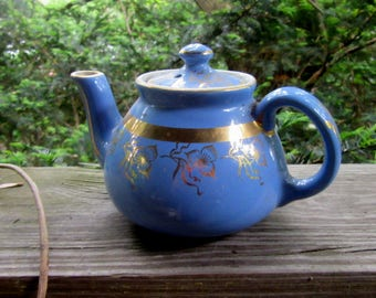 Hall individual gold trimmed teapot