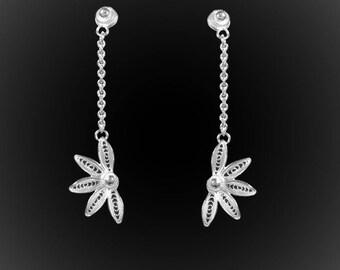 Earrings dangling Hawaiian Dream silver embroidery