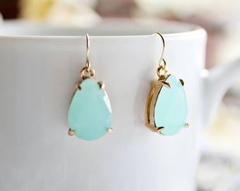 Mint Teardrop Earrings, Mint color earrings, Mint dangle earrings, Mint and Gold earrings, Mint green earrings, Mint earrings