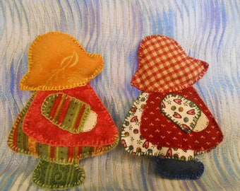 Two Sun Bonnet Sue Doll Figures-3D-Handmade