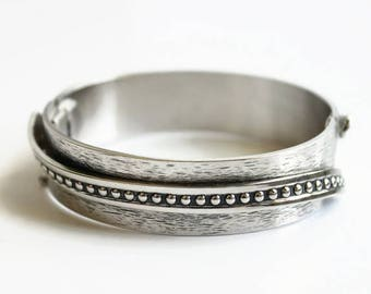 Vintage Silver Clamper Bracelet, Designer Signed Whiting and Davis, Retro Fashion Jewelry Circa 1960's