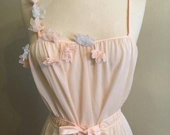 1950s pale pink Grecian/ Nouveau  style nylon gown by Kickernick Restwear