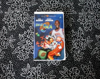 Space Jam VHS tape. 1996 Warner Brothers Classic Kids Movie. Michael Jordan Looney Tunes 90s Kid Nostalgia Trippy Classic Cartoon