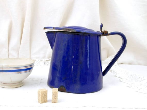Antique European Bright Blue Chippy Enamelware Lidded Pitcher, Retro Kitchenware Enamel Milk Jug with Lid, Vintage Cottage Kitchen Decor