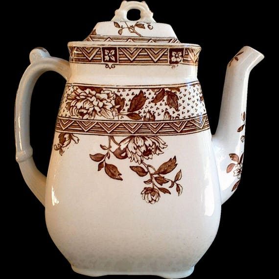 Brown Transferware Aesthetic Movement Tea Pot ~ C. Challinor & Co. ~ Melbourne